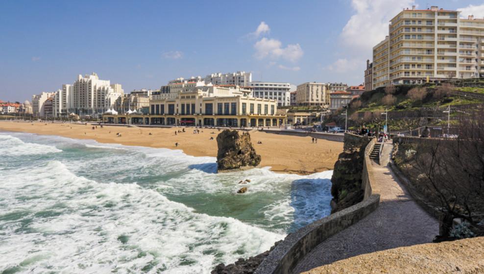 Pays basque en f te entre oc an et montagne michel voyages - Biarritz to st jean pied de port transport ...